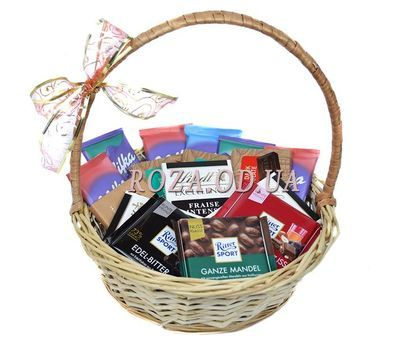 """Basket of different chocolate"" in the online flower shop roza.od.ua"