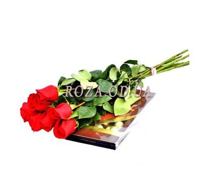 """7 imported roses + candy"" in the online flower shop roza.od.ua"