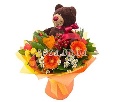 """Teddy bear with bouquet"" in the online flower shop roza.od.ua"
