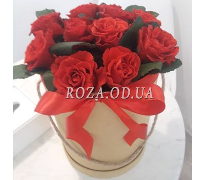 """11 roses in box  - photo 4"" in the online flower shop roza.od.ua"
