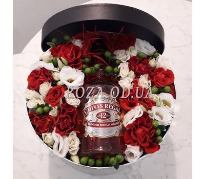 """""""Flowers and whiskey - photo 4"""" in the online flower shop roza.od.ua"""