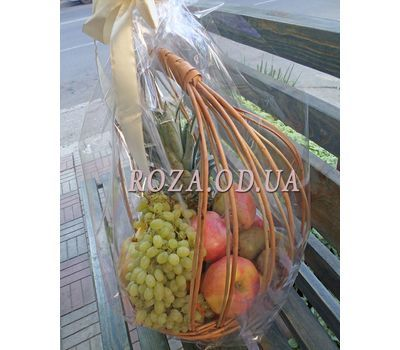 """""""Basket of juicy fruits - photo 3"""" in the online flower shop roza.od.ua"""