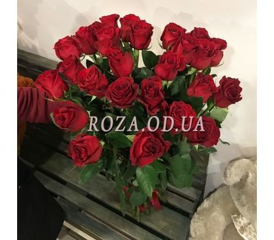 """""""25 import roses 1"""" in the online flower shop roza.od.ua"""