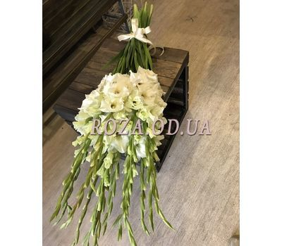 """""""Bouquet of 15 White Gladiolus - 1"""" in the online flower shop roza.od.ua"""