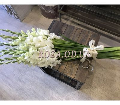 """""""Bouquet of 15 White Gladiolus - 2"""" in the online flower shop roza.od.ua"""
