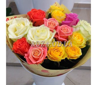 """15 multicolored roses 5"" in the online flower shop roza.od.ua"