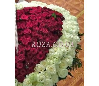 """""""Heart of 350 roses 2"""" in the online flower shop roza.od.ua"""