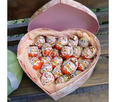 """Kinder box 2"" in the online flower shop roza.od.ua"