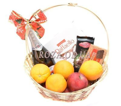 """Gift basket with Asti Martini"" in the online flower shop roza.od.ua"