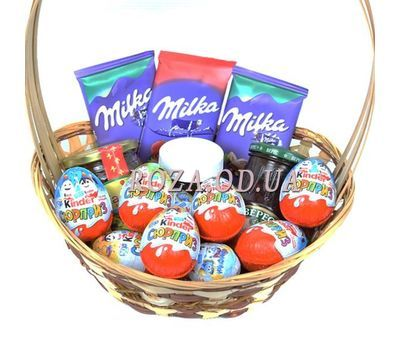 """""""Basket with chocolate Milka and Kinder 1"""" in the online flower shop roza.od.ua"""