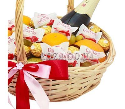 """Gift Basket with Martini Asti 2"" in the online flower shop roza.od.ua"