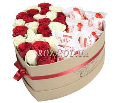 """""""Roses and Raffaello in a box"""" in the online flower shop roza.od.ua"""
