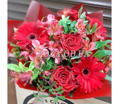 """""""Gerberas and roses in bouquet 2"""" in the online flower shop roza.od.ua"""