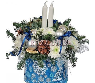 """""""Christmas composition in a box with candles"""" in the online flower shop roza.od.ua"""