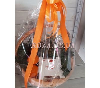 """Champagne christmas basket 2"" in the online flower shop roza.od.ua"
