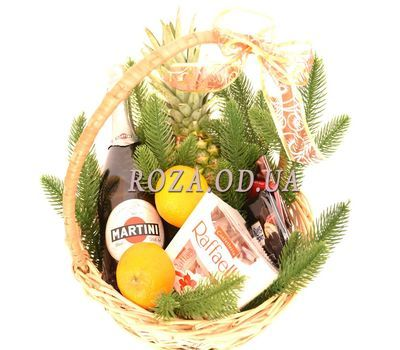 """Champagne christmas basket"" in the online flower shop roza.od.ua"
