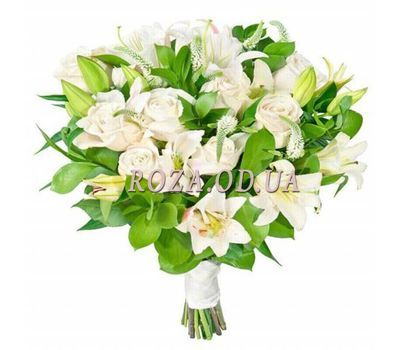 """White bouquet of flowers"" in the online flower shop roza.od.ua"