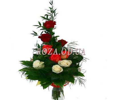 """""""Bouquet of 9 roses"""" in the online flower shop roza.od.ua"""