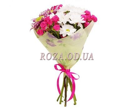 """Bouquet of 3 bush roses and 4 chrysanthemums"" in the online flower shop roza.od.ua"