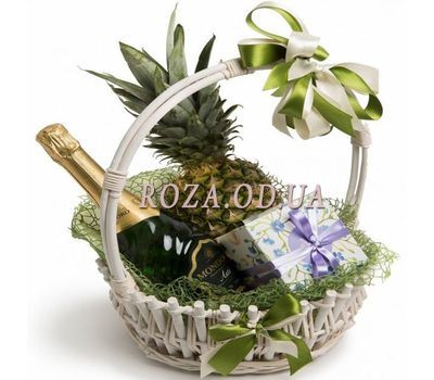 """Cart for the New Year"" in the online flower shop roza.od.ua"