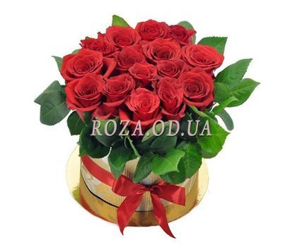 """Red roses in a hat box"" in the online flower shop roza.od.ua"