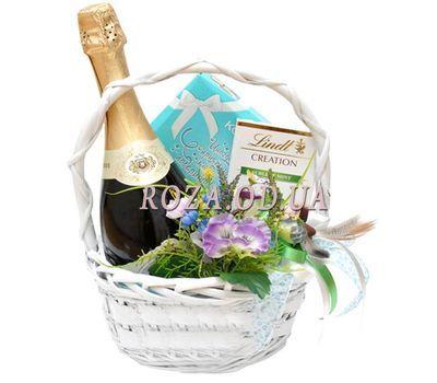"""""""Подарочная корзинка"""" в интернет-магазине цветов roza.od.ua"""