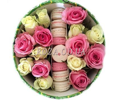 """Roses with a cake"" in the online flower shop roza.od.ua"