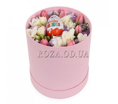 """""""Box with tulips"""" in the online flower shop roza.od.ua"""